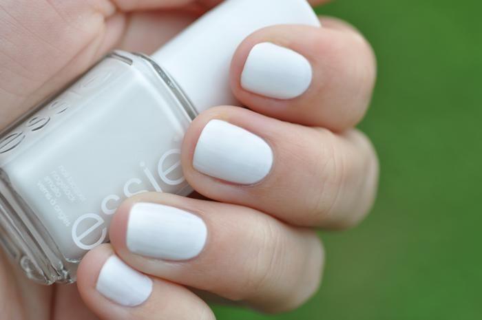 Essie Nail Polish Blanc